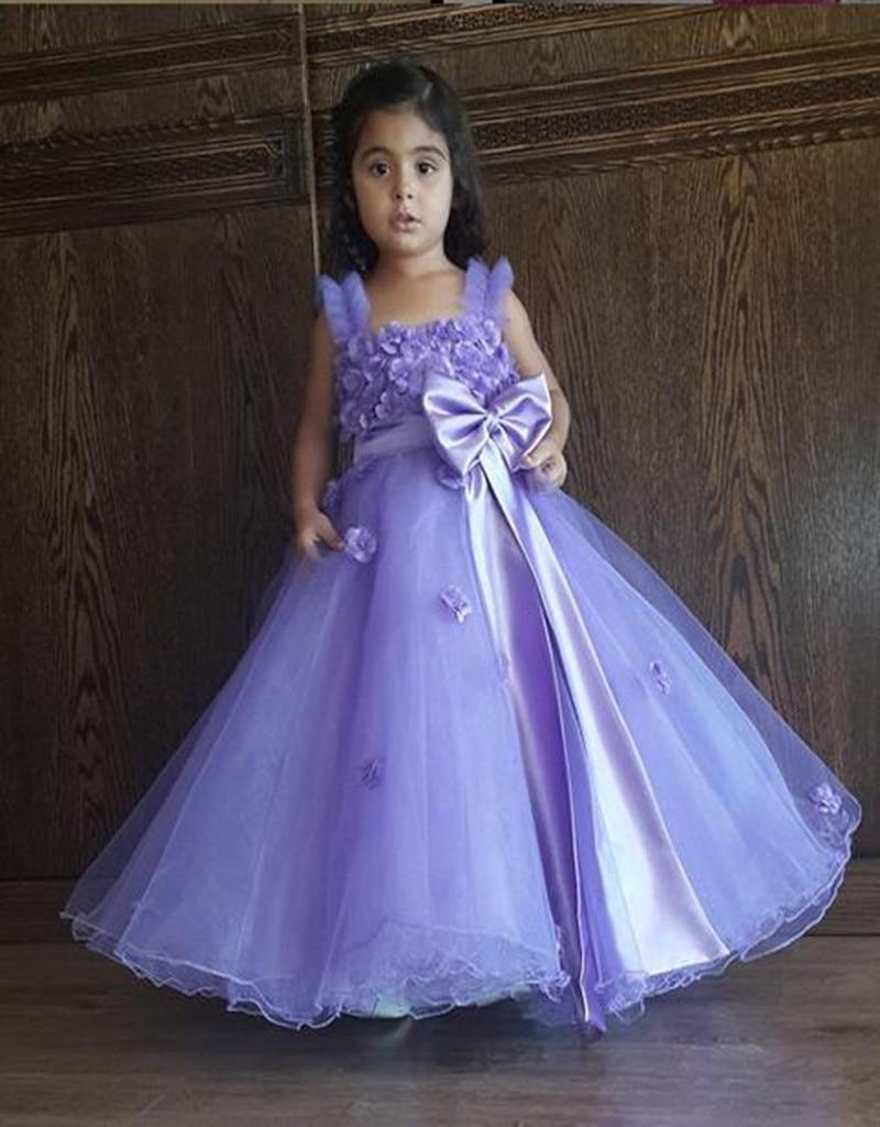 Lila hechos a mano bola de la flor del vestido de la niña navidad ...