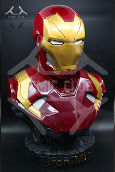 COMIC CLUB IN-STOCK  the Avengers black panther Iron man GK bust figure toy for collection