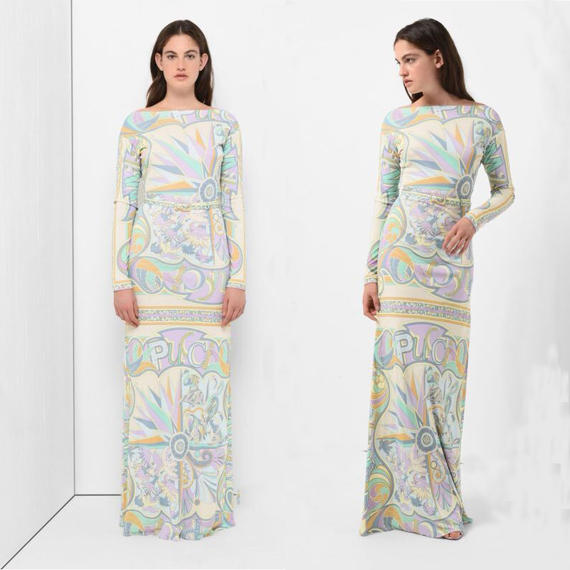 The new Bohemian extended fashion print with belt long sleeves beautiful fashion show elastic knitted silk