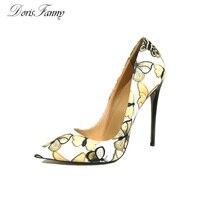 DorisFanny mulheres Bombas Novo 2017 Moda Borboleta Impressão estiletes super sexy Sapatos De Salto Alto 34-45 Sapatas Das Senhoras plus size