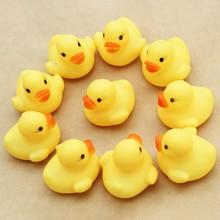 10 teile/los mini Baby Kinder Squeaky Rubber Ducks Bad Spielzeug Baden Zimmer Wasser Spaß Spiel Spielen Neugeborenen Jungen Mädchen Spielzeug für Kinder