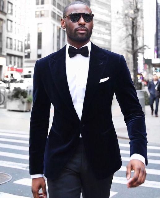 New Arrivals Dark Blue Velvet Mens Suits Groom Tuxedos Groomsmen Wedding Party Dinner Best Man