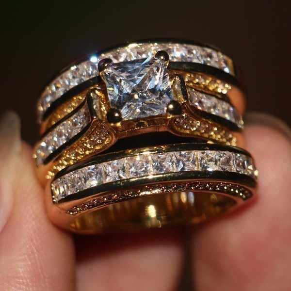 Bonito Fêmea Grande Anel de Zircão Conjunto de Cristal 925 De Prata De Ouro Amarelo Anel de Casamento Nupcial Jóias Promessa Anéis de Noivado Para As Mulheres
