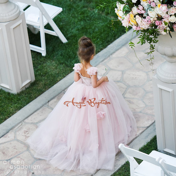 Lovely pink Puffy Tulle ball gowns with  flowers beautiful wedding birthday prom evening dress with train  for little girls lovely pink puffy tulle ball gowns with flowers beautiful wedding birthday prom evening dress with train for little girls