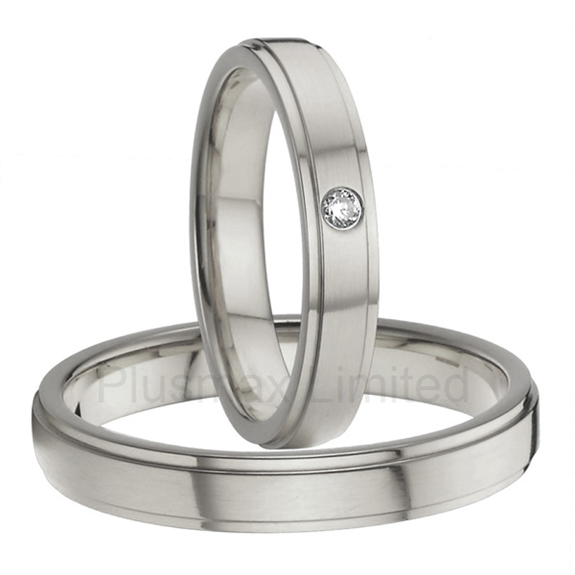 Best China factory special day men and women slim 4mm pure titanium wedding rings