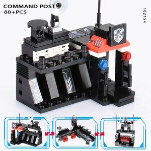 Image 5 - 8 יח\סט 695PCS עיר משטרת תחנת רכב אבני בניין עיר SWAT צוות משאית בלוקים פלסטיק טכני DIY לבני הרכבה ילדי מתנה
