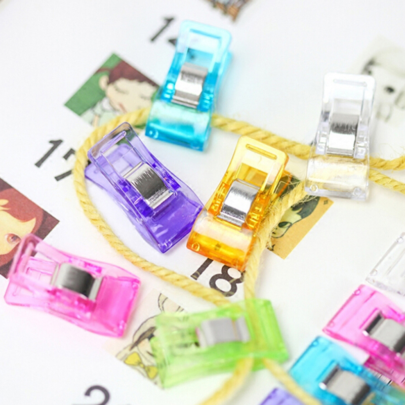 Купить с кэшбэком Free Shipping Fashion 30pcs/lot Plastic Colored Clips Message Folders Paper Clip School Office Clip Student Supplies