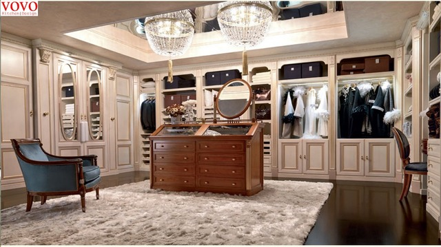 Charmant Huge Walk In Closet