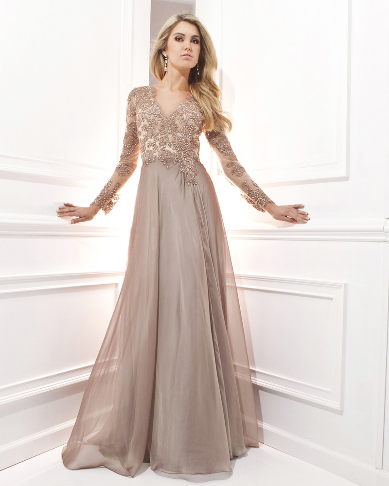 Vestido De Festa Longo Chiffon 2018 Sexy Long Lace Long Sleeve Evening Gown Robe De Soiree Elegant mother of the bride dresses in Mother of the Bride Dresses from Weddings Events