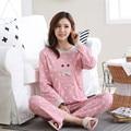 Moda 2017 Mulheres Conjuntos de Pijama Pijamas Roupas De Algodão Longa Tops Set Feminino Noite Terno Sleepwear Mulheres Roupa Em Casa Senhoras Definir