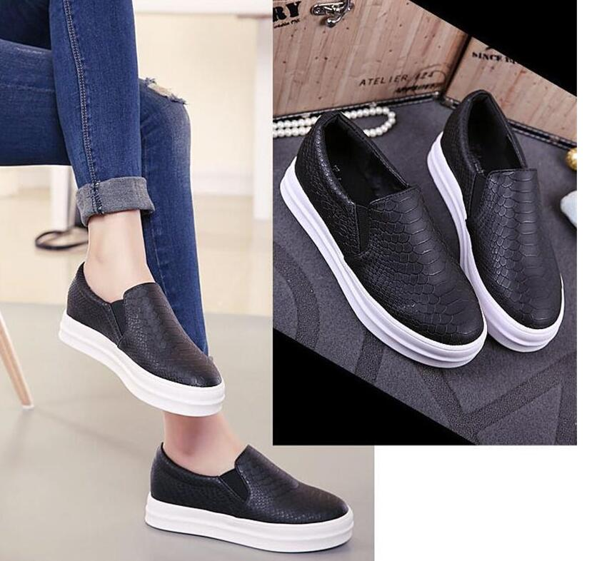 96af3a3486 2016 new designer women leather floral print platform thick sole flat slip  on oxfords loafers boat skate shoes black white-in Women s Flats from Shoes  on ...