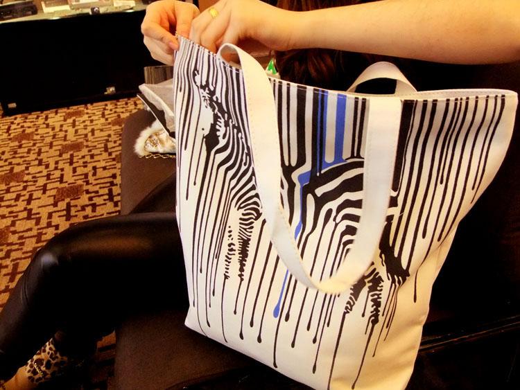Zebra Pattern Shopper Canvas Women Tote Shopping Bags Casual Handbags 4