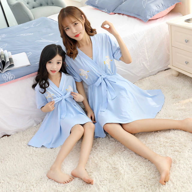 Mother Daughter Dresses Matching Pajamas Mama Bebes Girls Evening Dress  Japanese Style Robes Women Kids Summer Sleepwear Family 0b3fbf39ffc2