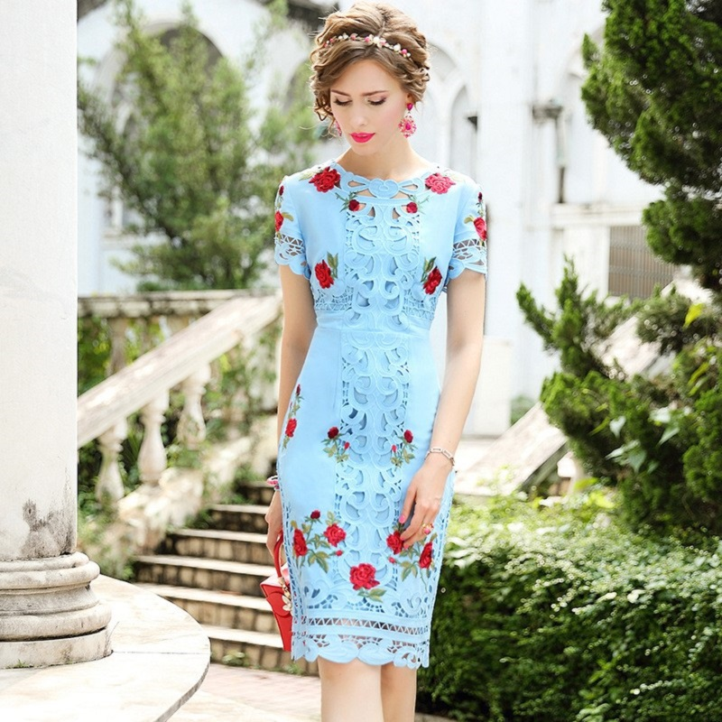 2019 new High street Lady Luxury Embroidery sexy dress autumn Women Party Dress Plus Size Vintage