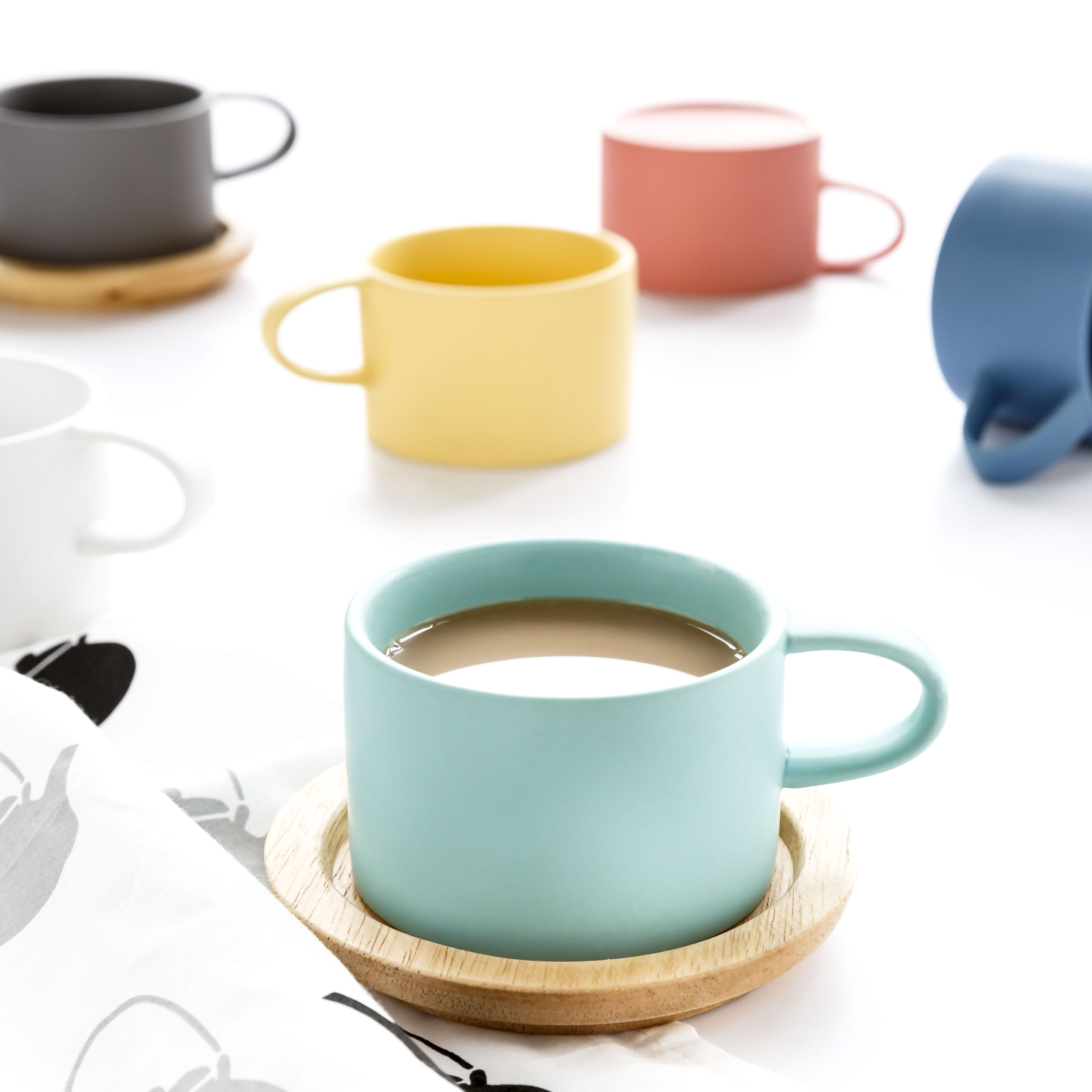 Candy Colors Ceramic Mugs Coffee Milk Breakfast Cups Porcelain Tea Water Mugs with cover&spoon Novetly Gifts