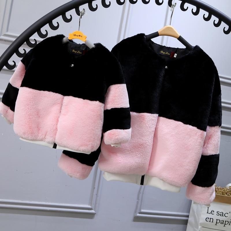 2017 nouvelle mode Wnter Rex manteau de fourrure de lapin enfants Imitation veste courte manteaux fausse fourrure Zipper manteau famille correspondant tenues