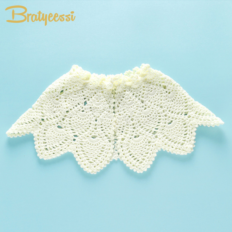 Sweet White Baby Scarf All Match Handmade Knitted Shawl Infant Scarf Hollow Out Cotton Baby Bibs for Newborn Photograph Props