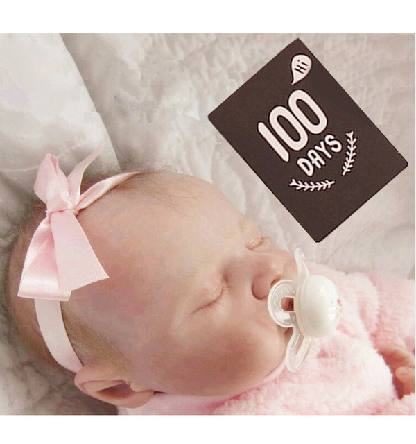 New baby birth month days old hundred days commemorative card pregnant mother photo background growth milestone photographyprops