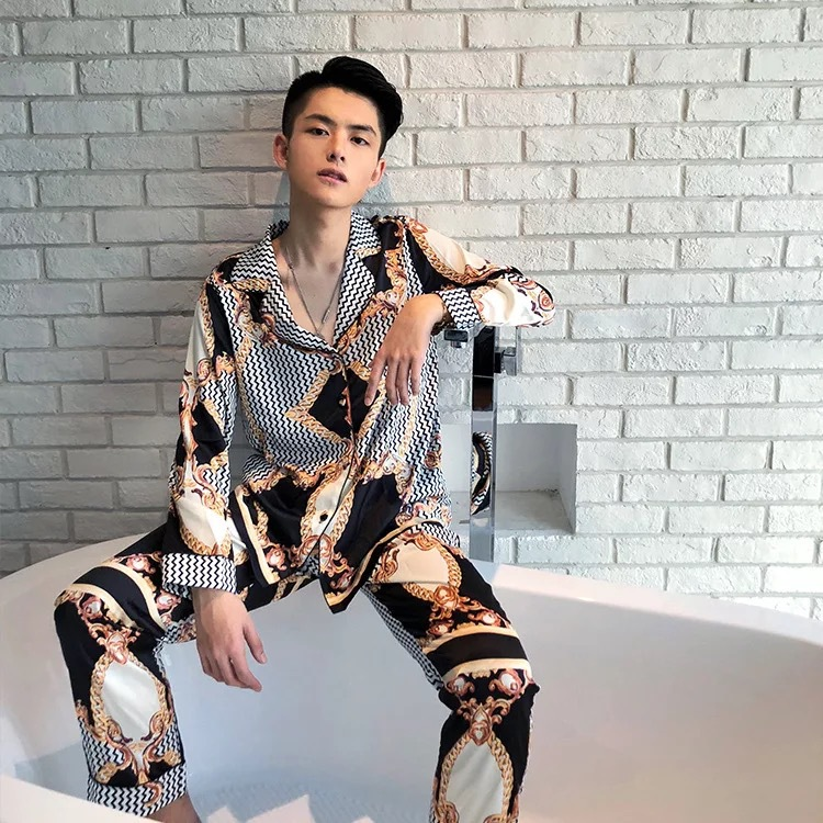 Manufacturer Batch Development Printed Silk And Satin Two-piece Set Of Men's Fashion Printing Outside Wearing Men's