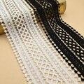 Лента кружевная составного кроя черно-белая из молочного шелка, 1 ярд