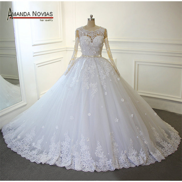 Vintage Beading Lace Wedding Dress With Long Train Puffy Ball Gown ...