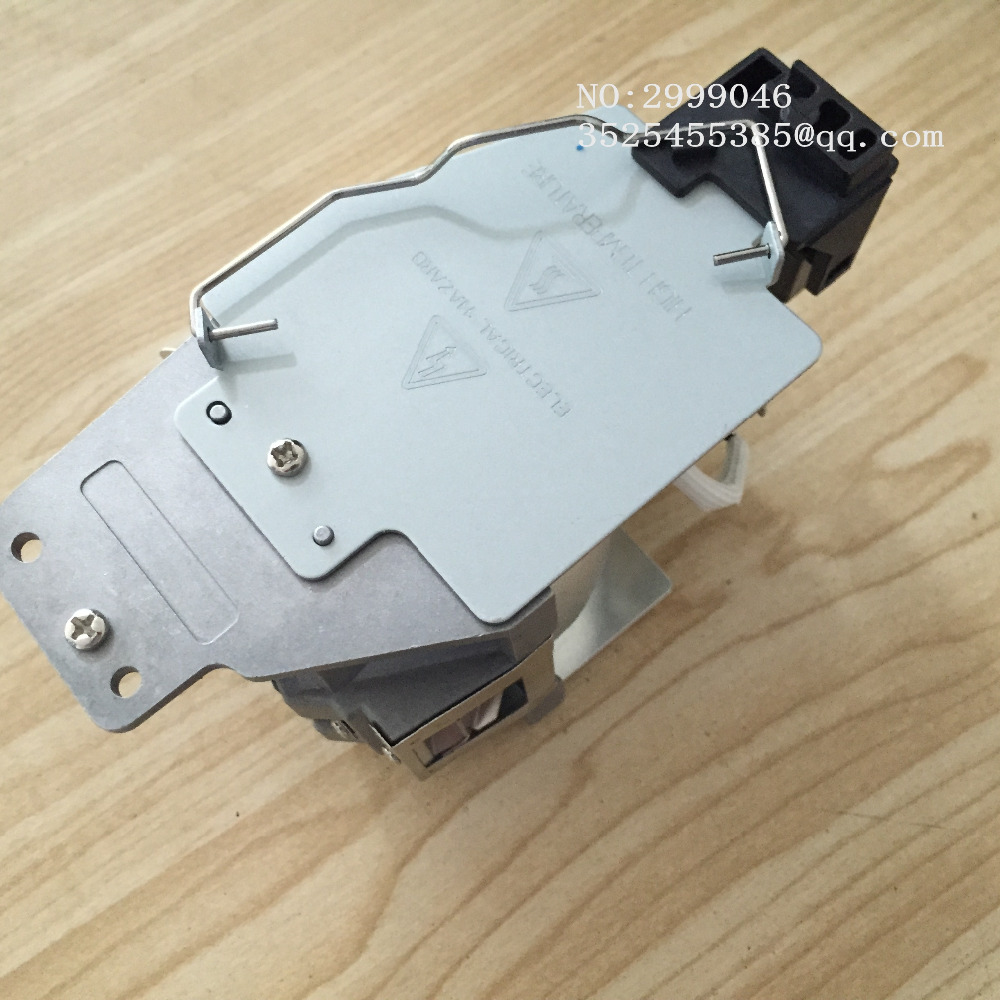 Véritable lampe de projecteur de remplacement d'origine avec boîtier 5J. J7L05.001 pour projecteurs BENQ W1070/W1080ST 180 jours de garantie