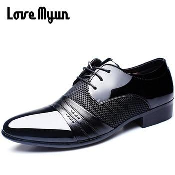 Chaussures de bureau les moins chères pour hommes chaussures en cuir verni chaussures de mariage d'affaires à lacets bout pointu plat grande taille 37-47 AB-01