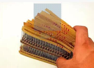 1/4W 0.25W 122valuesx10pcs=1220pcs 0.33R~4.7M 5% Carbon Film Resistor Assorted Kit Resistor Pack