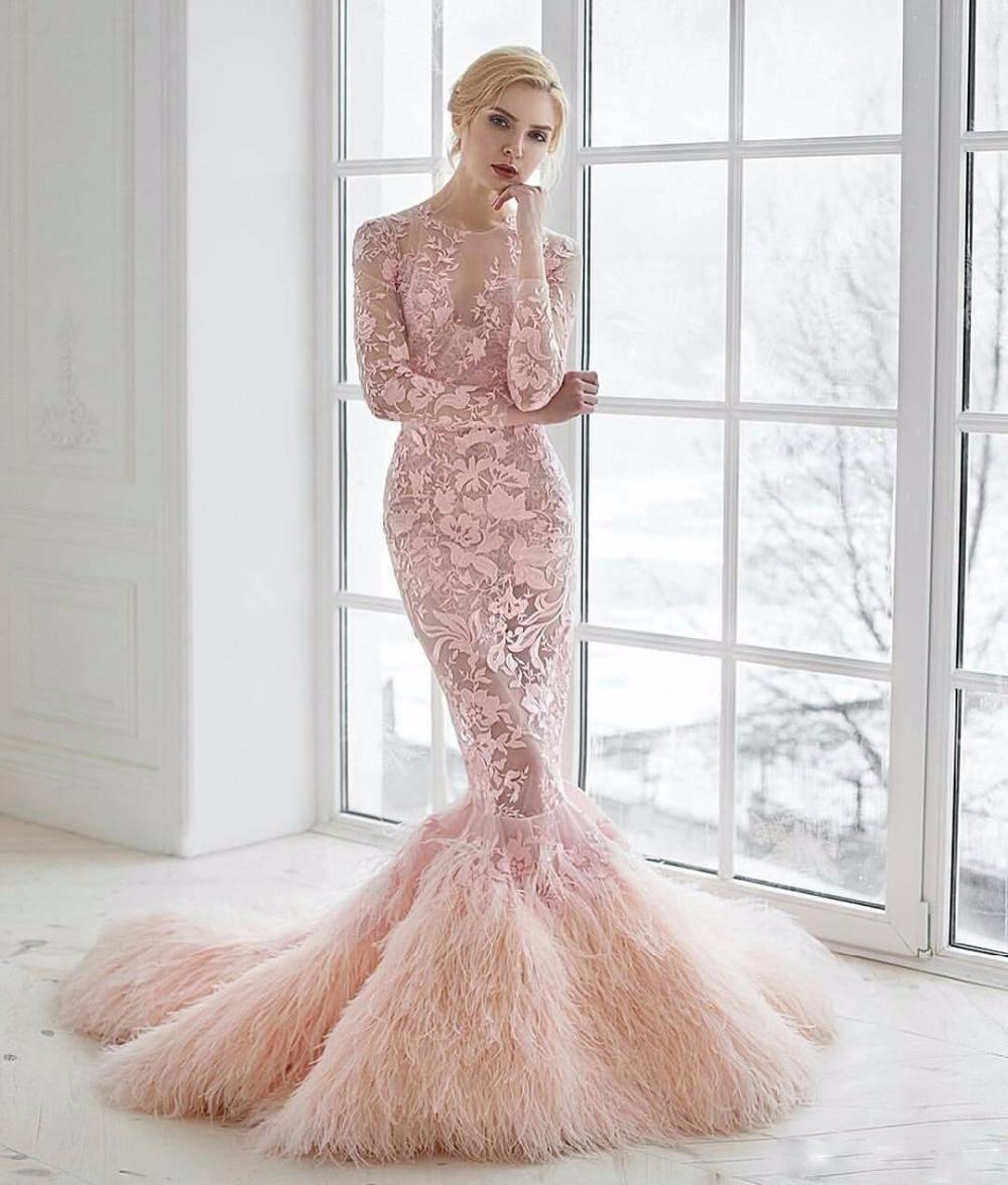feathered wedding dress Feather Wedding Dress Feather Wedding Dress