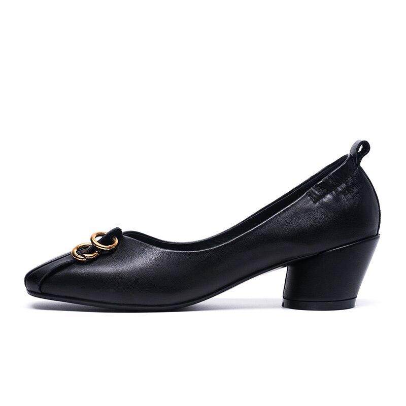 Tendance Med Talon En Carré Style Robe Bout Black Chaussures Véritable Femme caramel De Cuir Rétro Chunky Pompes Univers H006 qZOEtEx