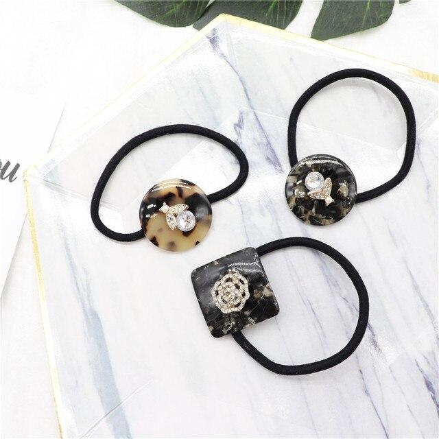 Nueva moda Retro cristal acrílico venda elástico del pelo Rosa abejas para  la muchacha de las 5f46ee560d4d