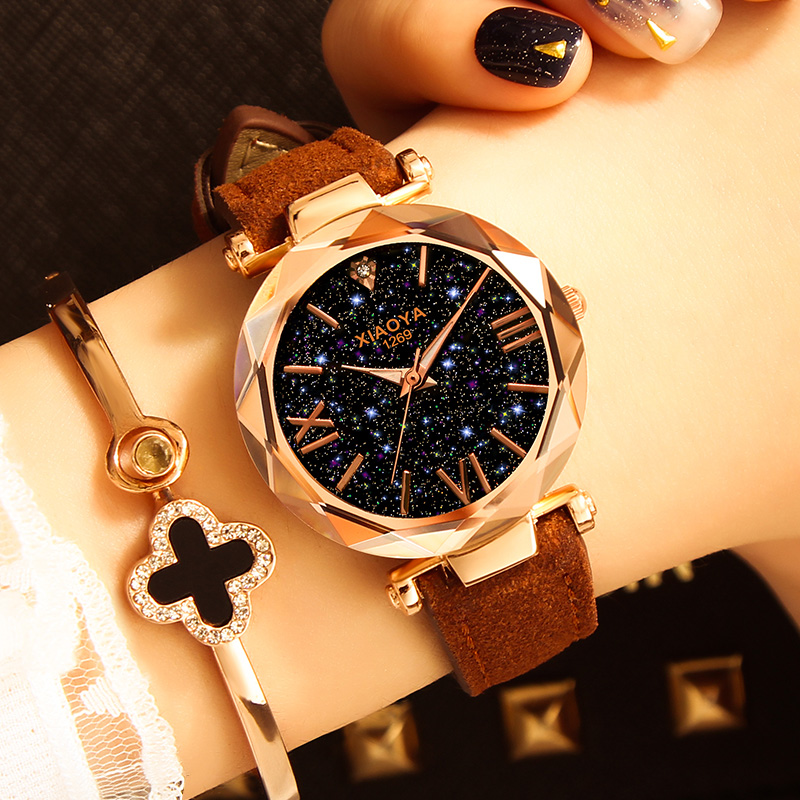 b8f8b15e4546 Reloj mujer 2018 relojes de las mujeres de la marca de lujo personalidad  romántica cielo estrellado reloj de cuero Rhinestone señoras del diseñador  nuevo