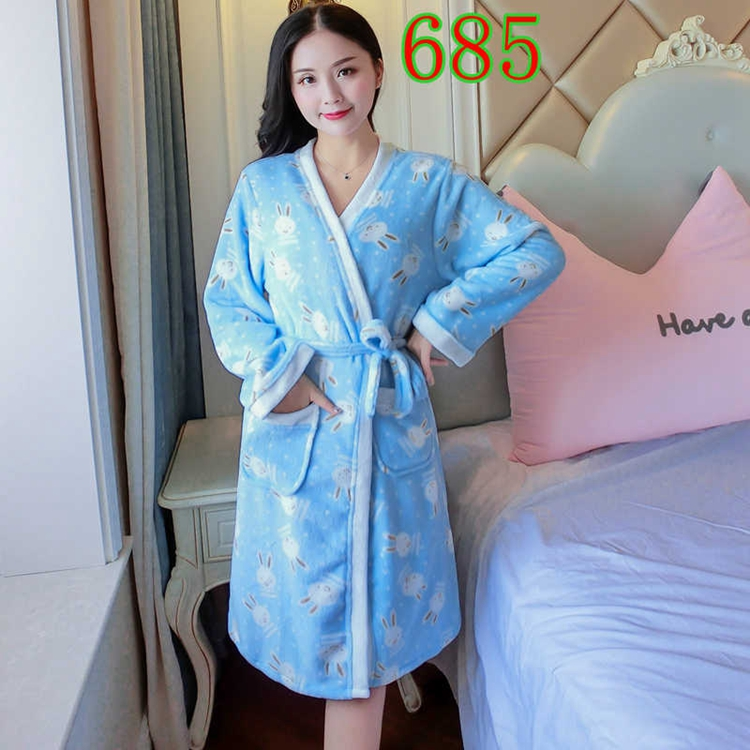 2PCS Sexy Thick Warm Flannel Robes Sets for Women 2018 Winter Coral Velvet Lingerie Night Dress Bathrobe Two Piece Set Nightgown 308