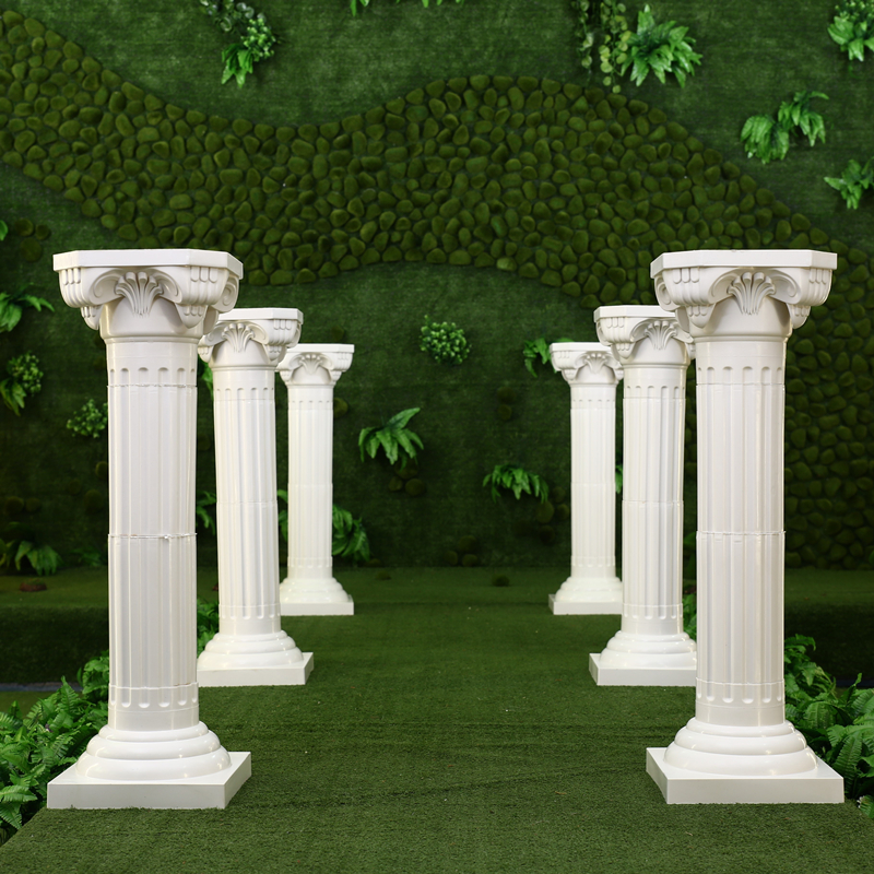 White Plastic Roman Columns Road Cited For Wedding Favors