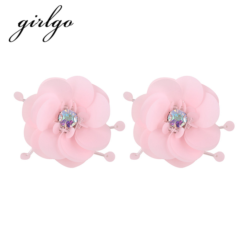 Girlgo New Cheap Flower Stud Earrings for Women Bohemian Pinky Color Layers Shiny Stone Statement Earrings Wedding Accessories