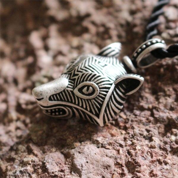 10pcs wholesale norse Fenrir viking Wolf amulet Pendants wolf head nekclace  men necklace Pagan Original Animal Jewelry jewelry f5420b0d7