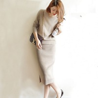 2018 New Women's Cashmere sweaters and Knitting Package Hip Skirts 2 Piece Sets Spirng Auntmun Female Dresses knitted Suit L003
