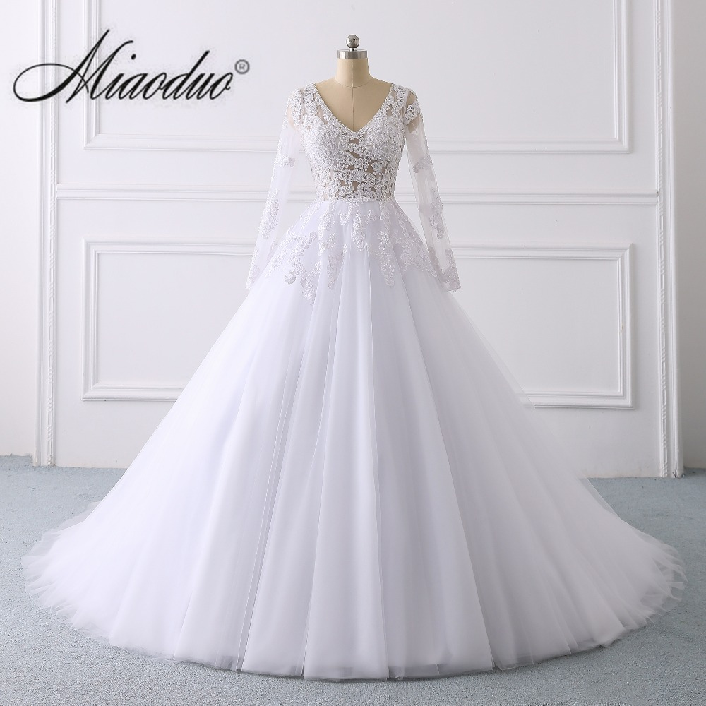 Miaoduo Design 2019 Long Sleeve Wedding Dress with Beading V Neck Ball Gown Chapel Train bride