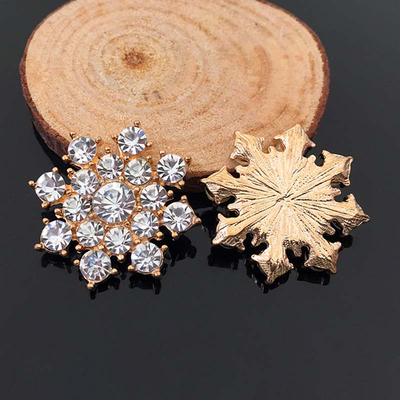 2016New 100Pcs Christmas Snowflake Rhinestone Buttons/Buckle Embellishment Button DIY Hair Accessories HZ80