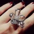 Moda Retro Gris Ahumado Cristales CZ Diamond Super Gran Flor Chapado en Oro blanco anillo Fresco Punky Anillo del Partido de Coctel de Las Mujeres joyería