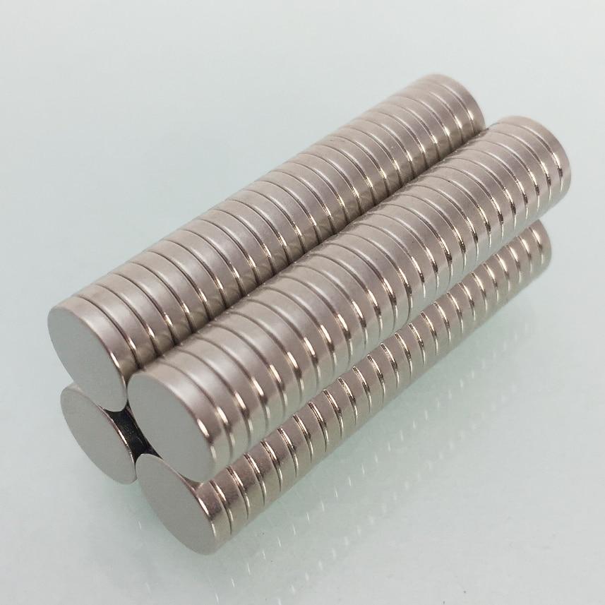 Lot of 25 Brand New Neodymium Magnets N52 Grade 10 mm x 5 mm Round Discs