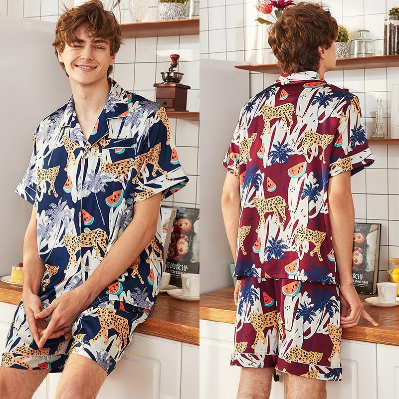 Summer Mens Animal Silk Pajama Set Pajamas Short Sleeve+Shorts Men Sleepwear Fashion Style Silk Nightgown Home Male Satin Soft
