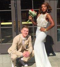 Funkelnden Weiß und Gold Perlen Kristall Prom Kleider 2016 Schwarz Mädchen Zwei Stücke Abendgesellschaft Kleid Kleider Vestidos de Fiesta