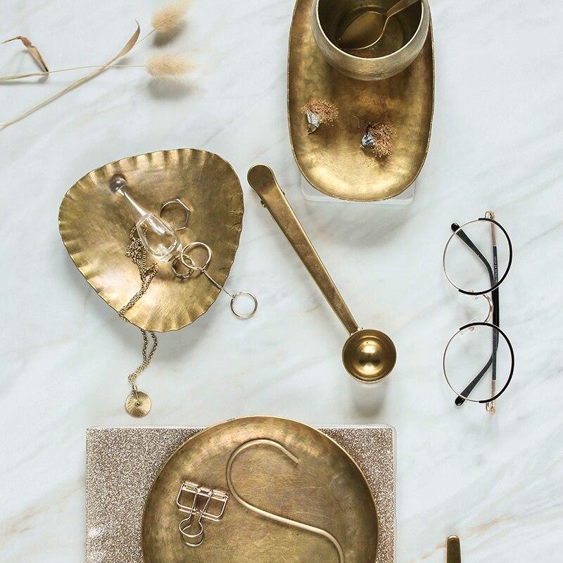 Plateau organisateur de Snack plaques | Plaques métalliques en cuivre or plateau de rangement, Design artistique de luxe décoration de la maison