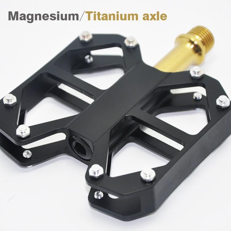 Titanium-bicycle-pedal-2