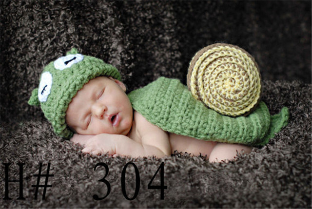 6009d413ff1 Handmade Baby Girl Boy Caps Knitted Green Snails Design Hat Warm Crochet  Hats NewBorn Photography Props Funny Infantile Costumes