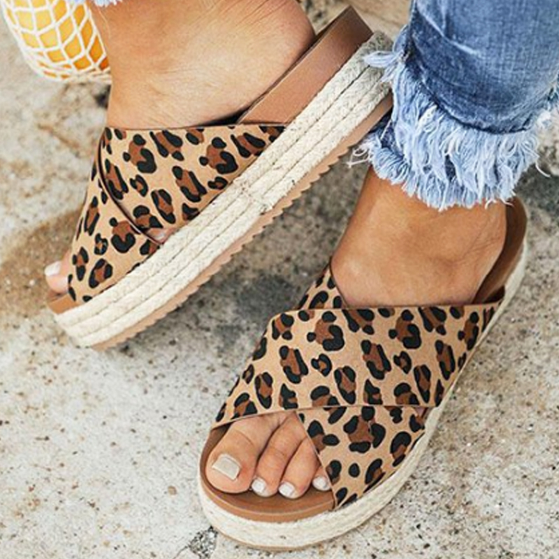 Oeak New Summer Women Sexy Leopard Sandals Slippers Open Toe Platform Casual Shoes Ladies Outdoor Beach Flip Flops Female SlidesOeak New Summer Women Sexy Leopard Sandals Slippers Open Toe Platform Casual Shoes Ladies Outdoor Beach Flip Flops Female Slides