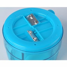 1.1L Portable Hand Crank Manual Ice Crusher Shaver Shredding Snow Cone Maker Machine Kitchen Appliance for kid and Family