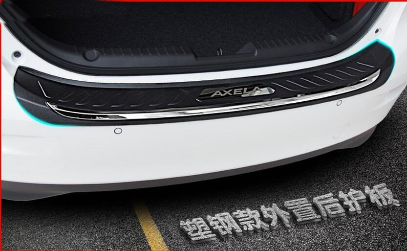 FIT FOR MAZDA 3 AXELA Sedan 2014 2015 2016 ABS REAR DECK BUMPER PROTECTOR STEP PANEL BOOT COVER SILL PLATE TRUNK TRIM GARNISH steel rear bumper guard step trunk pad plate sill cover for mazda 6 atenza 2014