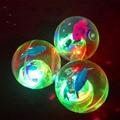 2016 juguetes para niños 5.5 cm diámetro flash bang fuerza de rebote bola luminosa bola de la bola cristalina envío gratis
